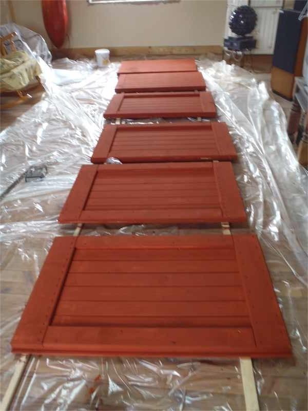 Fabriquer une peinture conologique la peinture l 39 ocre for Repeindre des volets lasures